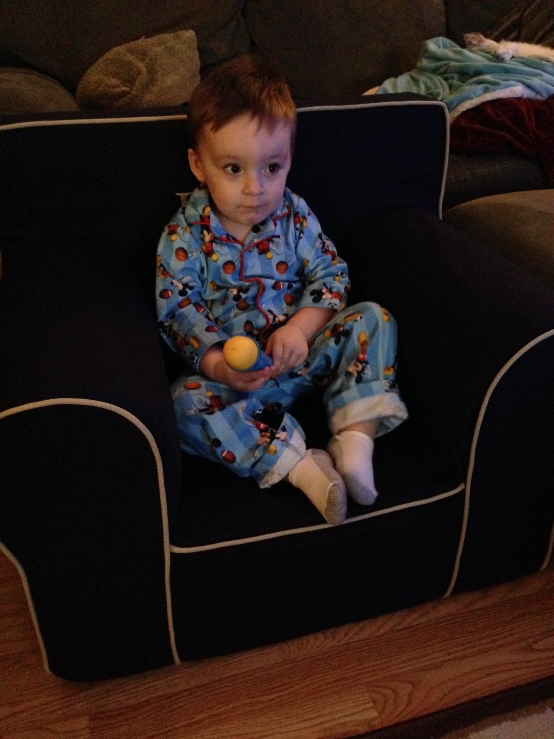 2013-12-15_new chair