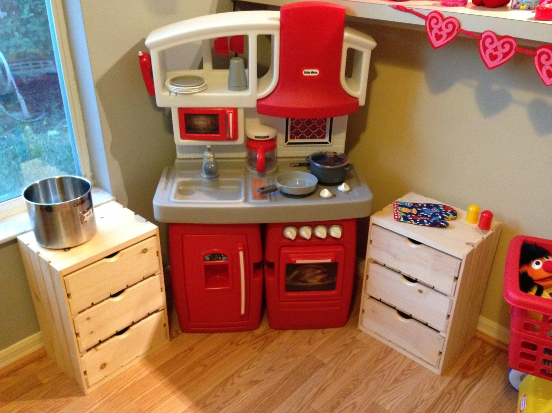 2014-02-02_play kitchen update