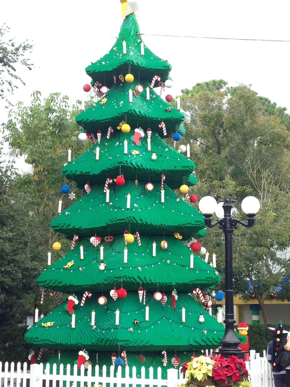 2014-12-30_Legoland Christmas Tree