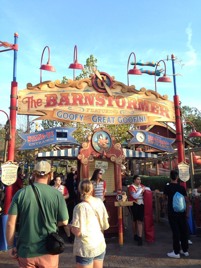 2015-01-03_Magic Kingdom_Barnstormer_Liam 1stRollerCoaster