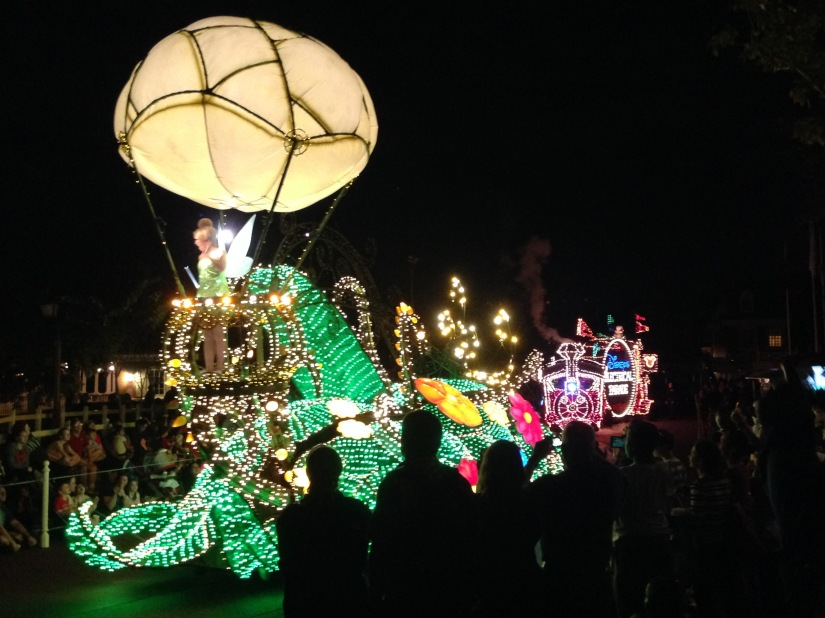 2015-01-03_Magic Kingdom_Electrical Parade1