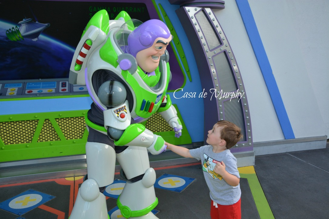 2015-05-25_Disney Handshake BuzzEDITED