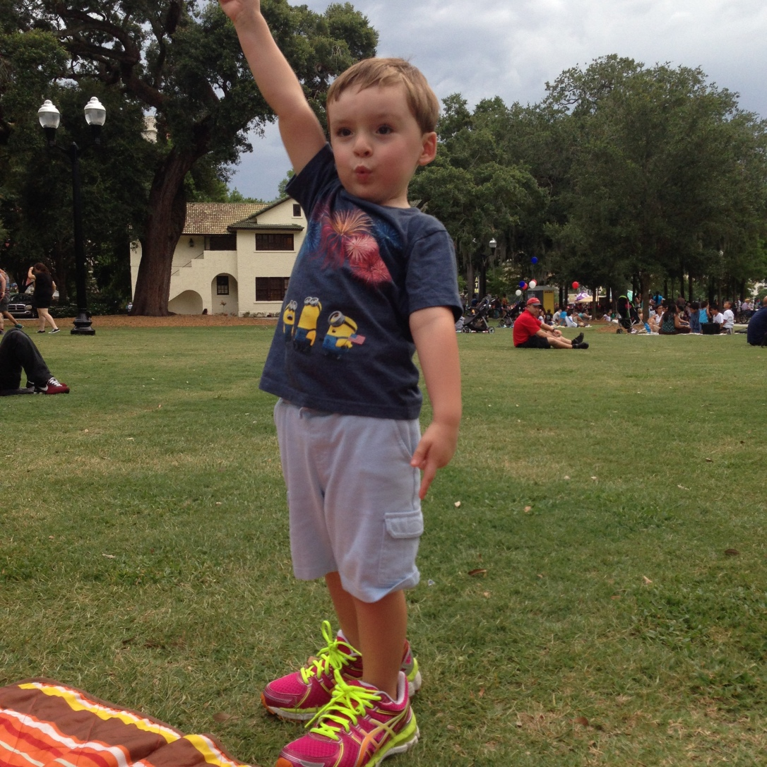 2015-07-04_dancing waiting for fireworks