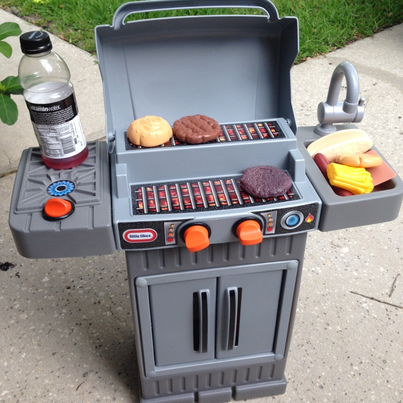 2015-07-04_grilling like daddy