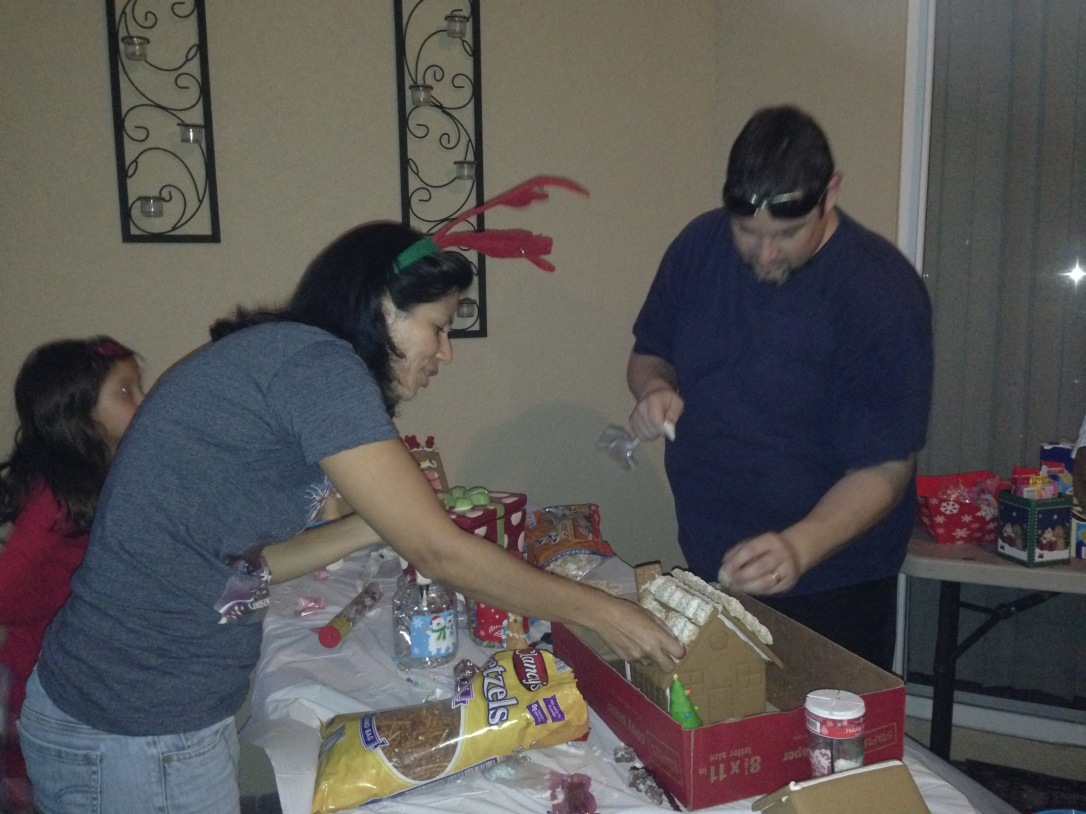 2015-12-05_Gingerbread Party 8
