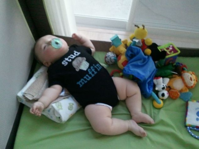2012-04-05_passed-out-in-pack-n-play